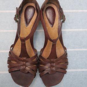 Clarks Artisan brown leather heels
